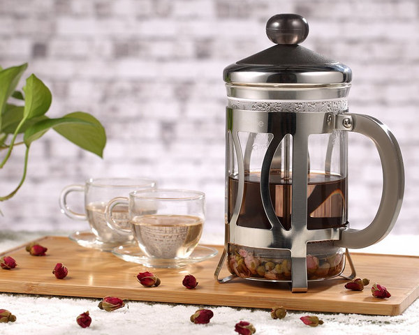 brew tea with french press