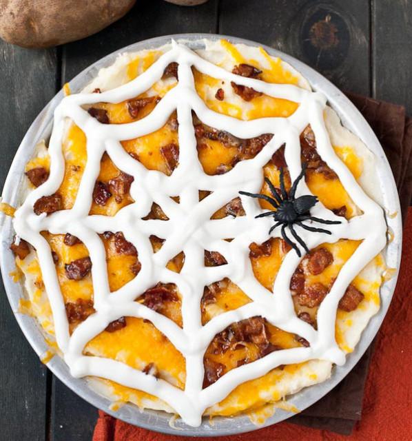 Loaded-Mashed-Potato-Spider-Web-Casserole