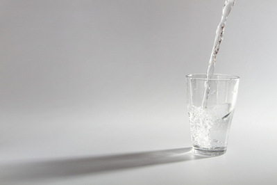drink water while pregnant