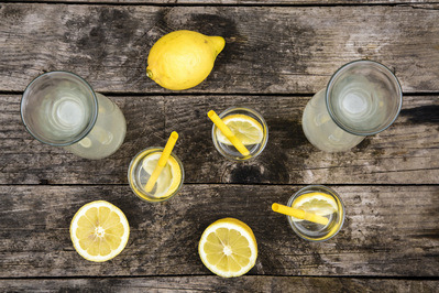 drink lemon water while pregnant