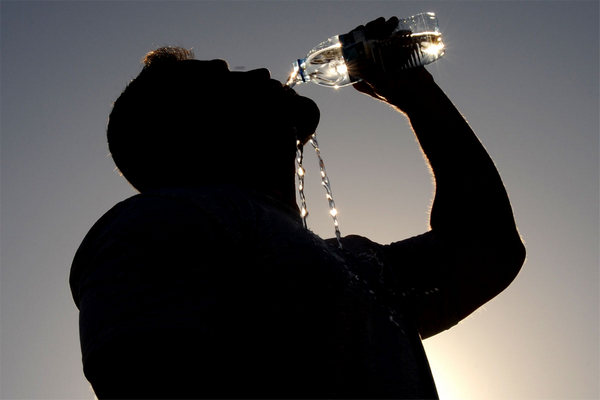 can you die from drinking too much water