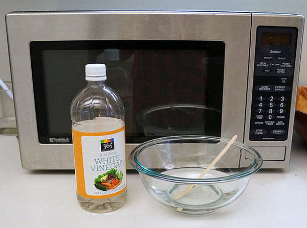 clean microwave outside