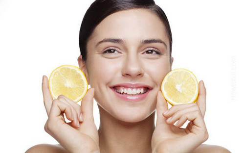 lemon slices under eye bags