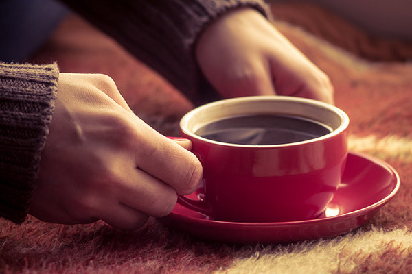 does decaf coffee wake you up