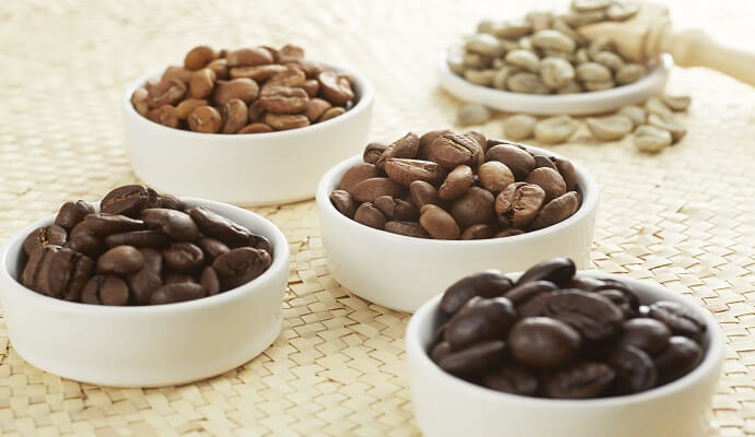 does dark roast coffee have more caffeine
