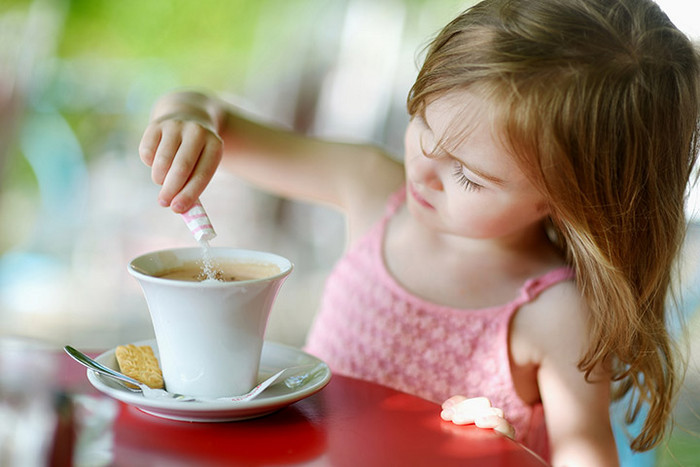 what age for kids to drink coffee