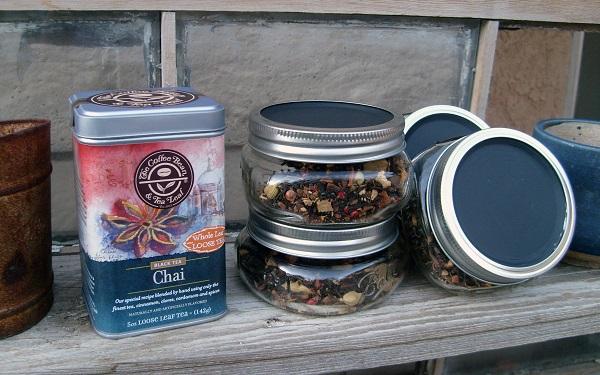 glass-tea-leaf-jars