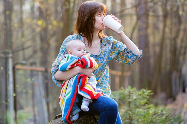 Can-you-drink-coffee-while-breastfeeding-1