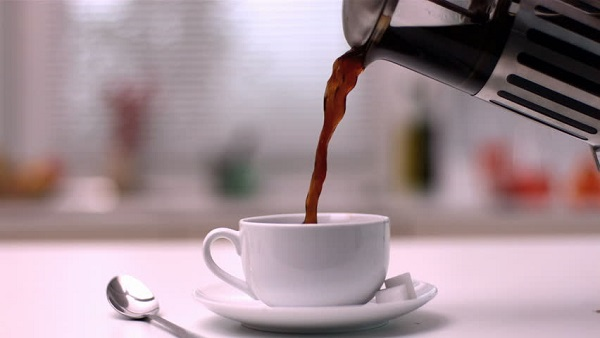pouring-coffee-from-a-french-press