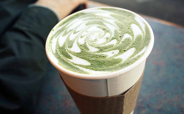 How-to-Make-Green-Tea-Latte-1