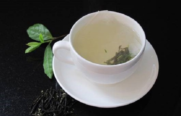 How-to-Separate-Tea-Leaves-from-Tea-1