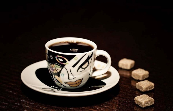 schwarzer kaffee oder milchkaffee was ist besser ecooe life. Black Bedroom Furniture Sets. Home Design Ideas