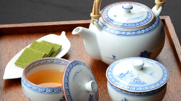 Which-Teapot-is-the-best-Glass-Porcelain-or-Ceramic-1
