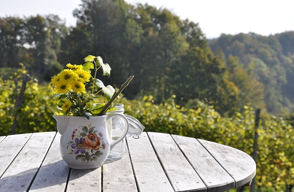 5-Great-Spring-Flower-Arrangements-Ideas-3