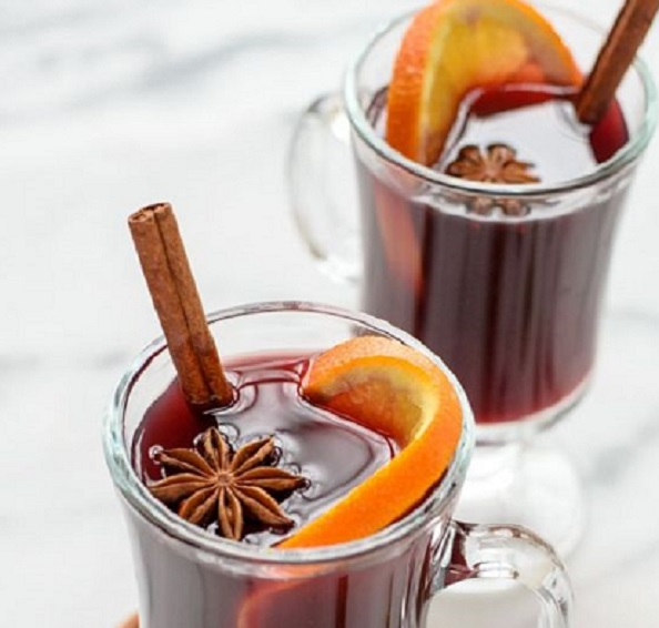 The Best Mulled Wine Glasses for Christmas 1