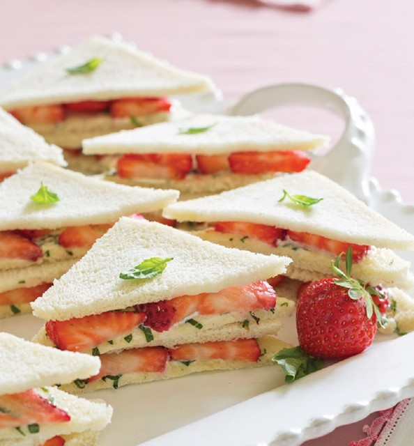 easy finger sanwich ideas for kids party 4