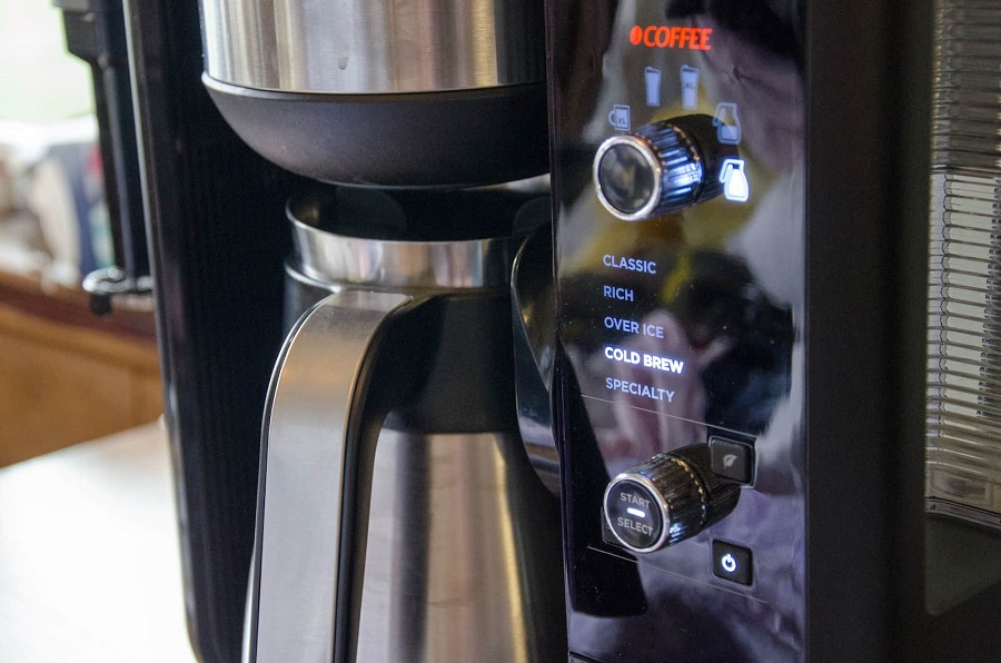 How to Clean Your Coffee Pot in a Thorough Way-2