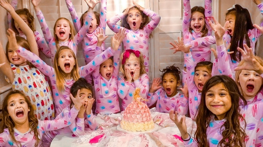 How-to-Decorate-Baby-Girl's-Birthday-Party-1