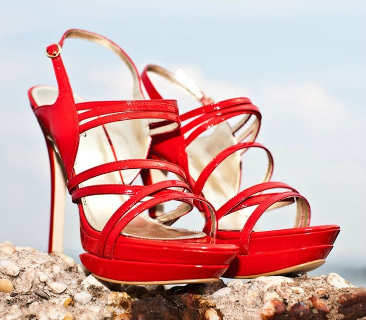 Learn to wear your high heels in a more elegant way2
