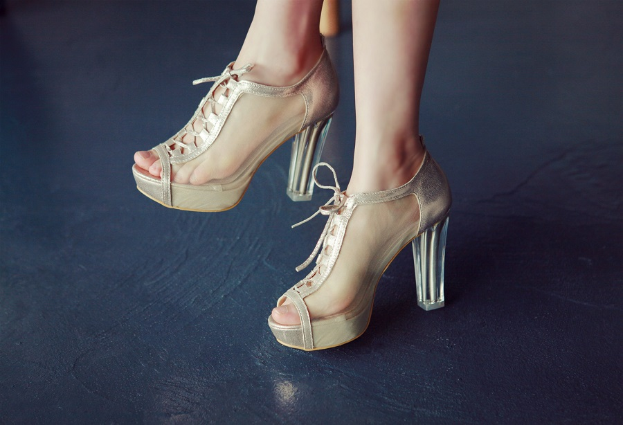 Learn to wear your high heels in a more elegant way4