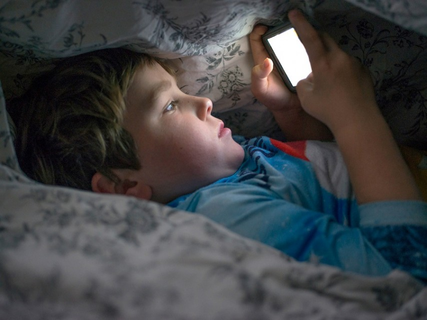 Try to keep the electrical equipment away from your bedtime1