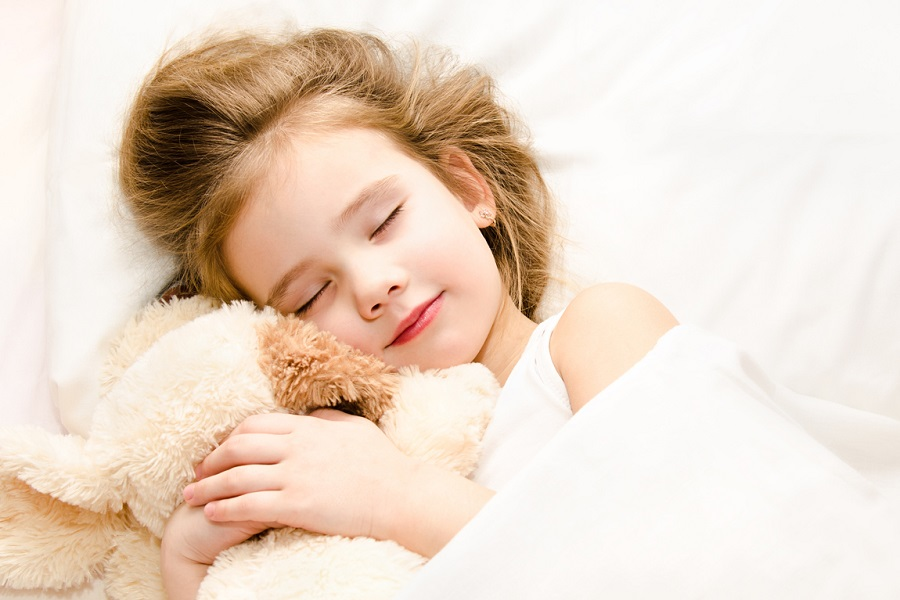 Your baby needs a suitable pillow to sleep on1