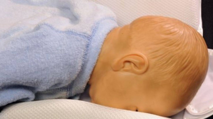 Your baby needs a suitable pillow to sleep on3