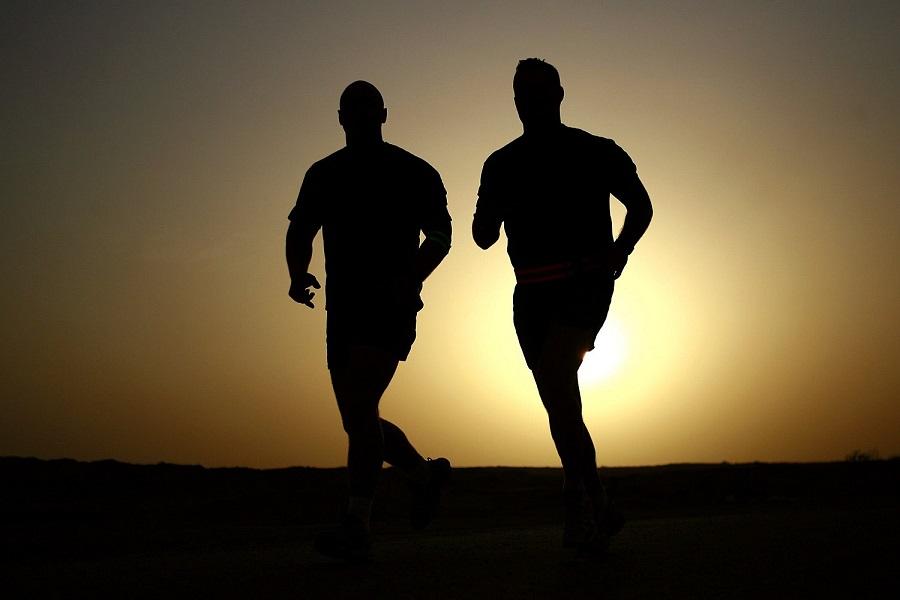 How to Get Back on Track After a Binge4-jogging