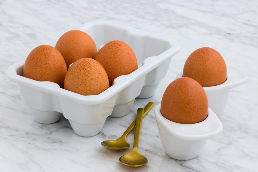 How to Keep Your Eggs Fresh Longer4-coat your eggs