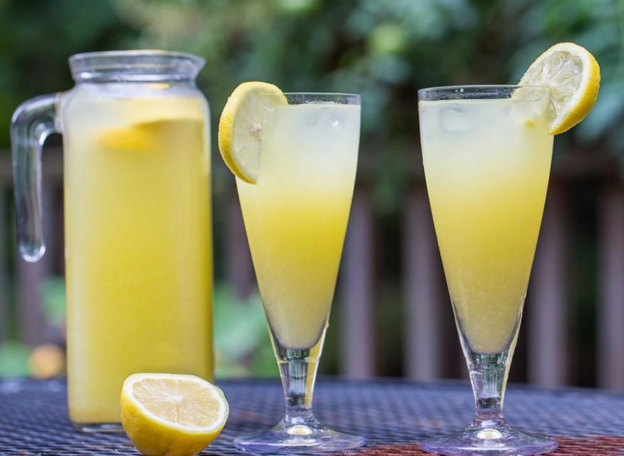 Is it good to drink lemonade3