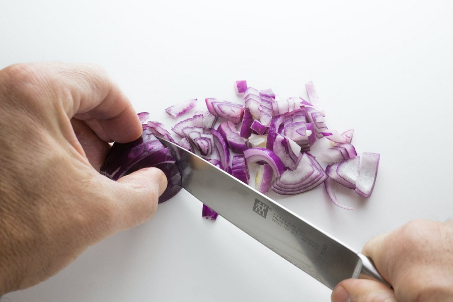 How to chop Onions without Crying-4