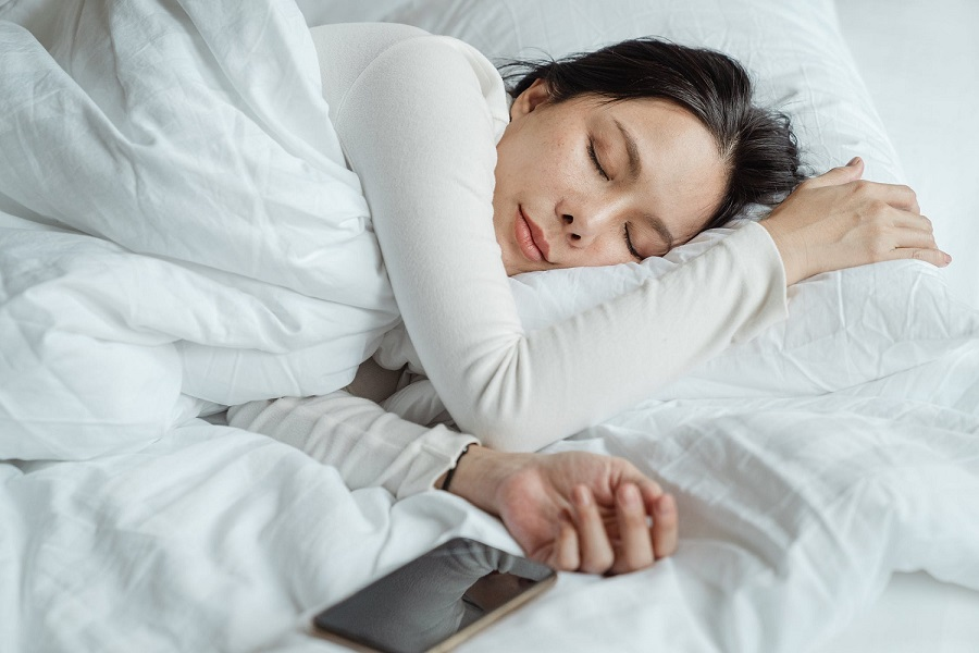 Should you sleep without a pillow-3