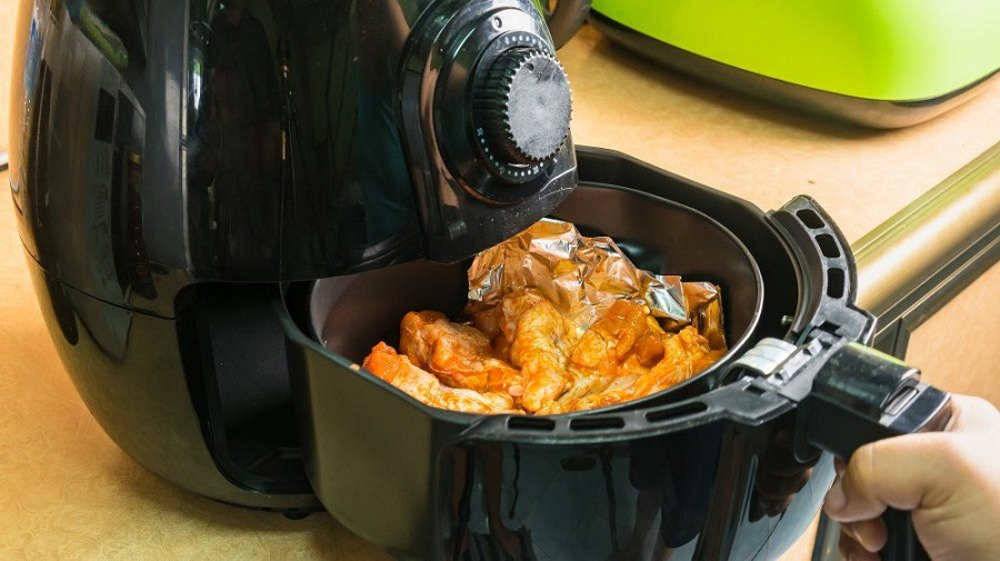 how to make cupcakes in an air fryer-5
